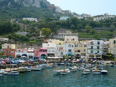 イタリア_カプリ島マリーナグランデの港