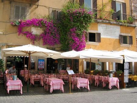 ローマ_ロトンダ広場のオープンカフェ