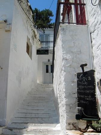 ギリシャ_エーゲ海イドラ島の路地裏