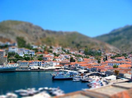 ギリシャ_イドラ島の港(ジオラマ風)