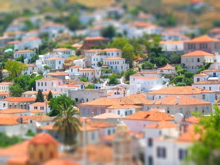 ギリシャ_イドラ島の美しい家並み(ジオラマ風)