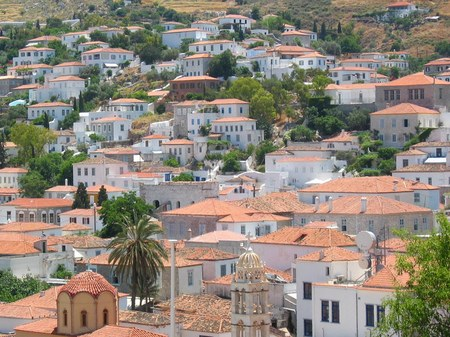 ギリシャ_イドラ島の美しい家並み