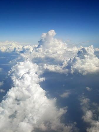 飛行機から見る雲