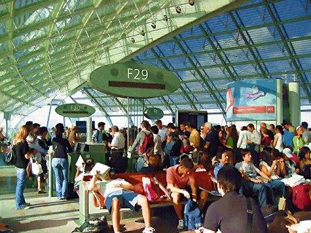 シャルル・ド・ゴール空港(油絵風)