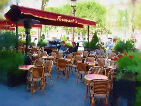 シャンゼリゼ大通りのオープンカフェ