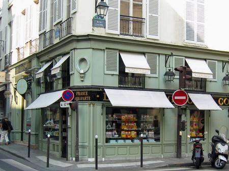 パリの老舗パティスリー ラデュレ