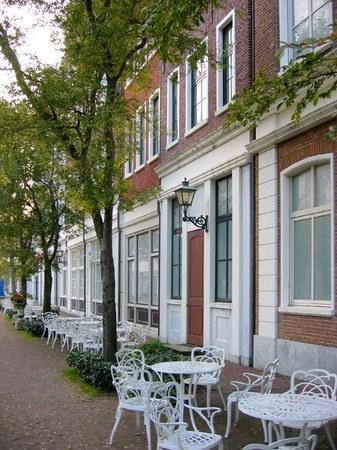 ハウステンボス_ホテルアムステルダム前の歩道