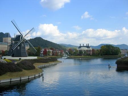 ハウステンボス_風車と運河