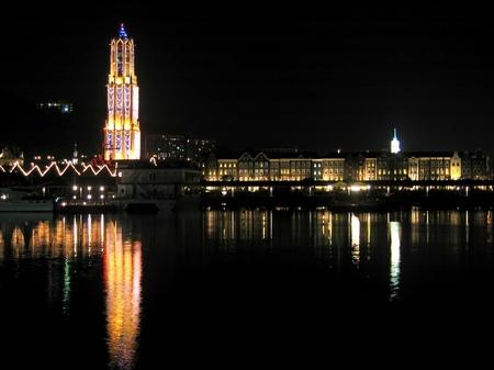 ハウステンボス_デ・ラウター桟橋からの夜景