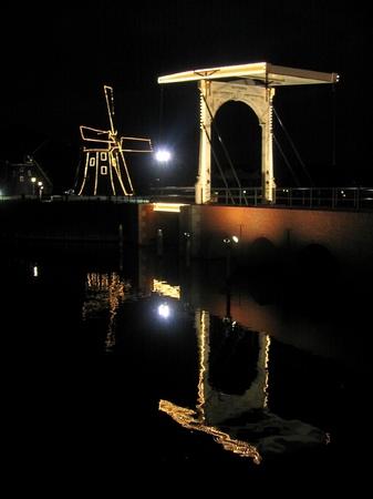 ハウステンボス_風車とデルフト橋の夜景