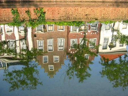 ハウステンボス_アムステル川に映る街並み