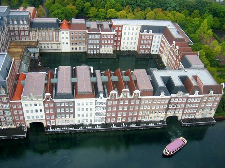 ハウステンボス_展望室から望むホテルヨーロッパ