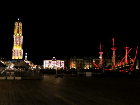 ハウステンボス_オレンジ広場の夜景