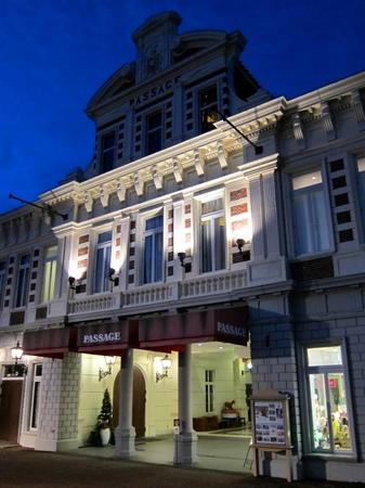 ハウステンボス_ビネンスタッドの夜の街角
