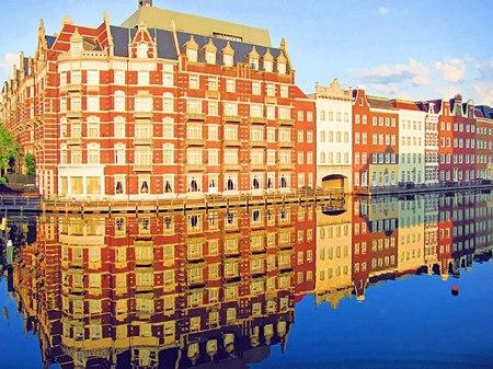 ハウステンボス_運河に映るホテルヨーロッパ(水彩画風)
