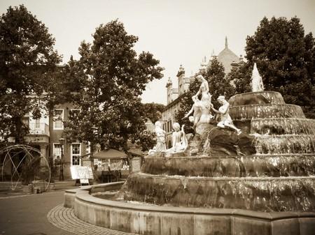 ハウステンボス_マウリッツ広場の風景(セピア調)
