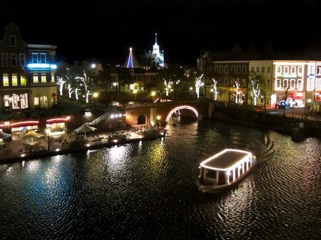 ハウステンボス_シンゲル橋付近の眺め(夜景)