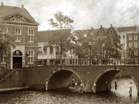 ハウステンボス_トールン橋の眺め(古写真風)