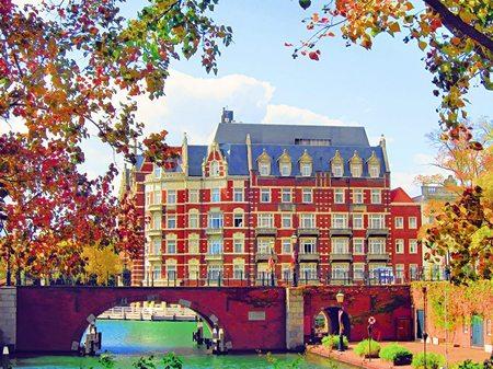 ハウステンボス_秋色のホテルヨーロッパ(水彩画風)