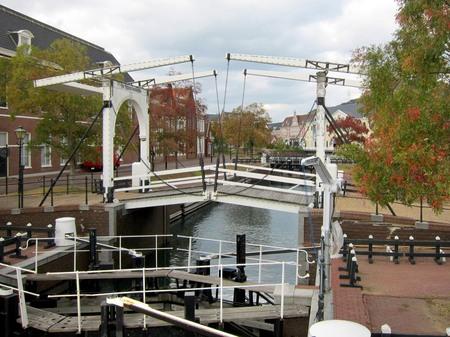 ハウステンボス_ヴィンセント・ファン・ゴッホ橋と水門