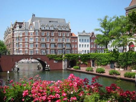 ハウステンボス_シンゲル橋とホテルヨーロッパ