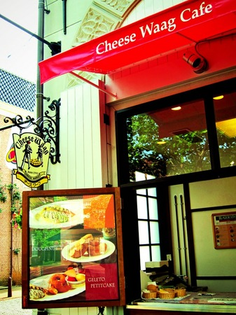 ハウステンボス_マウリッツ広場のチーズワーフカフェ(トイカメラ風)